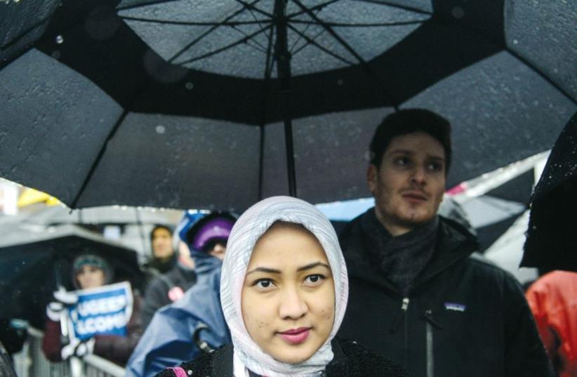 Muslims in Europe (photo credit: REUTERS)