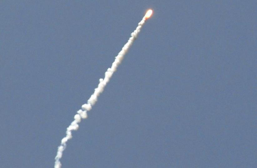 Rocket's smoke trail in Israel (photo credit: REUTERS)