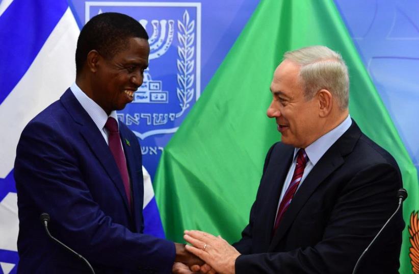 Israel Prime minister Benjamin Netanyahu and President of Zambia Edgar Chagwa Lungu. (photo credit: GOVERNMENT PRESS OFFICE)