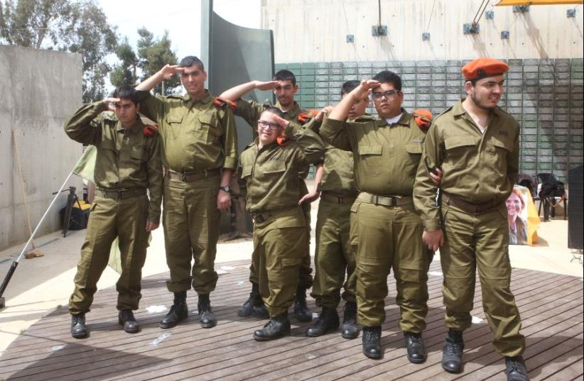 Developmentally disabled soldiers sworn into IDF (photo credit: MARC ISRAEL SELLEM/THE JERUSALEM POST)