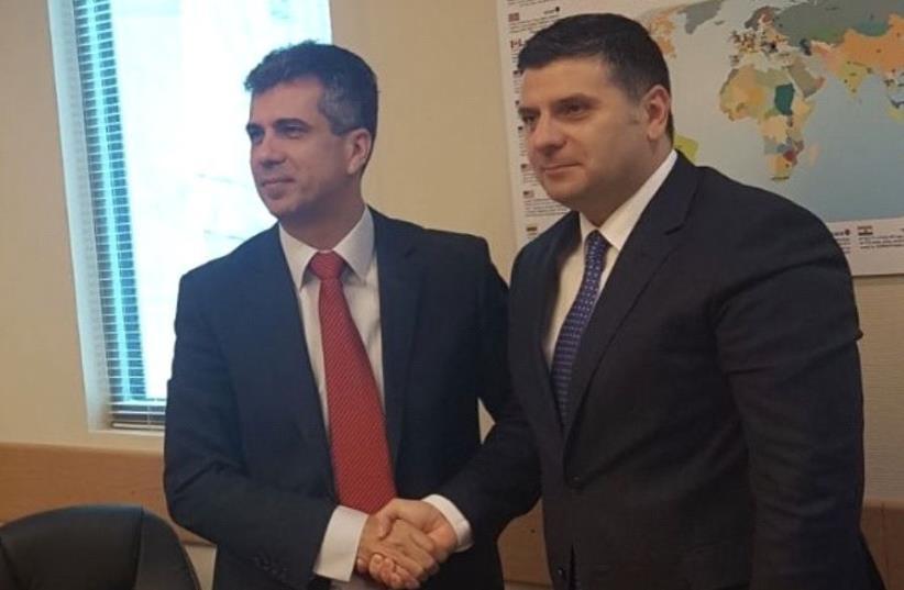 Israeli Economy Minister Eli Cohen and Romanian Business Environment, Commerce and Entrepreneurship Minister Alexandru Petrescu (photo credit: COURTESY OF ALEXANDRU PETRESCU)