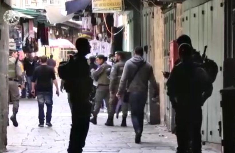 Border Police officers in Jerusalem's Old City (photo credit: COURTESY ISRAEL POLICE)