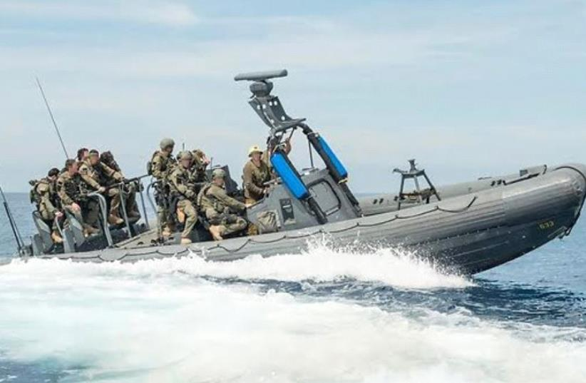 Elite soldiers from the IDF's Shayetet 13 special operations unit joined forces with US Navy SEALS  (photo credit: IDF SPOKESMAN'S UNIT)