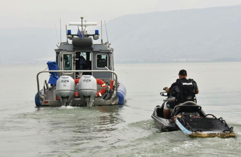 Police forces search for missing youth on Lake Kinneret (photo credit: COURTESY ISRAEL POLICE)
