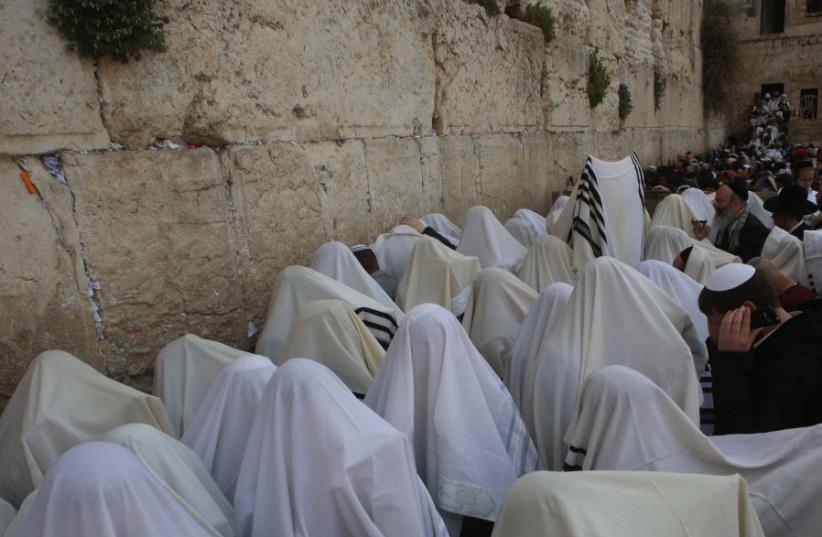 Priestly blessing at the Western Wall (photo credit: MARC ISRAEL SELLEM)
