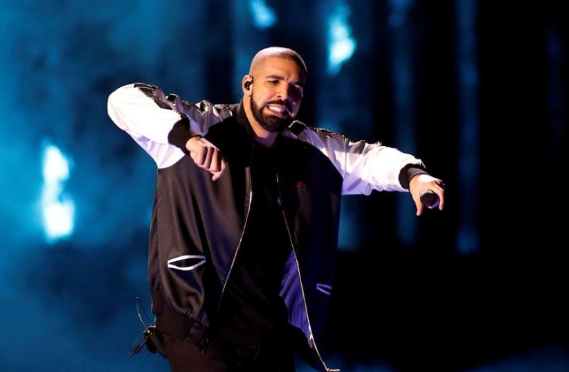 Drake performs during the iHeartRadio Music Festival at The T-Mobile Arena in Las Vegas, Nevada, US September 23, 2016 (photo credit: REUTERS)