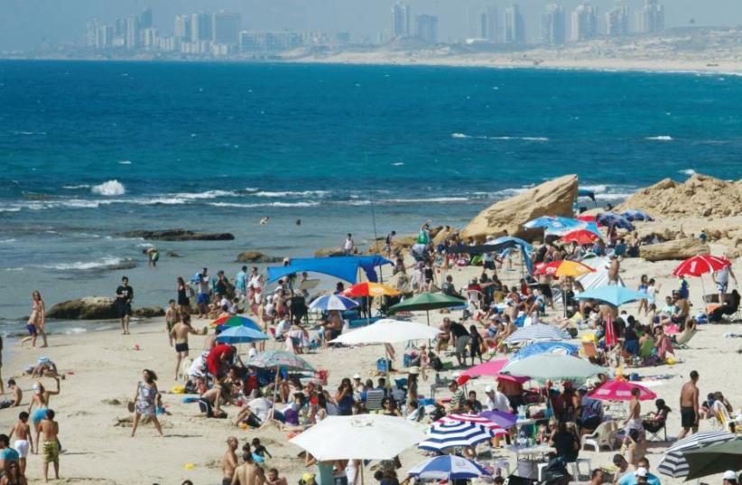 Palmahim beach (photo credit: RAANAN COHEN)