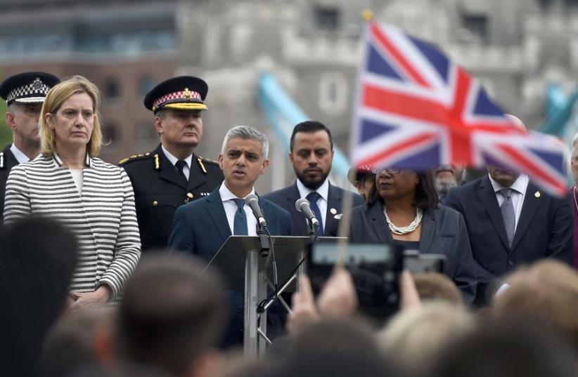 The Mayor of London Sadiq Khan, speaks during a vigil at Potters Field Park, near the scene of the attack at London Bridge, London, Britain June 5, 2017 (photo credit: REUTERS/CLODAGH KILCOYNE)