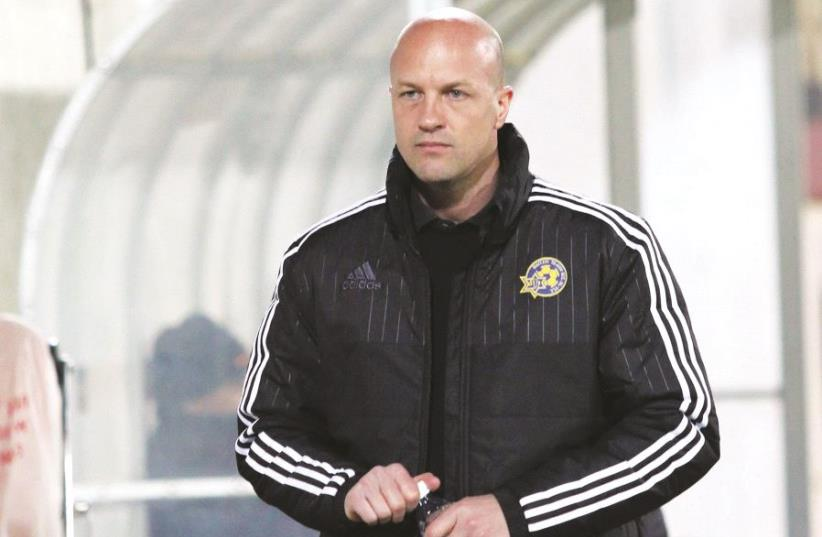 Jordi Cruyff is set to step down from the front office to become Maccabi Tel Aviv's head coach on a full-time basis next season, while retaining his responsibilities as sports director (photo credit: ADI AVISHAI)