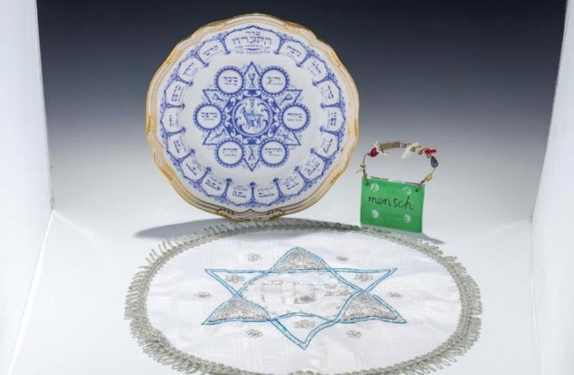 Seder set belonging to the late comedian Joan Rivers (photo credit: JGREENSTEIN.COM)