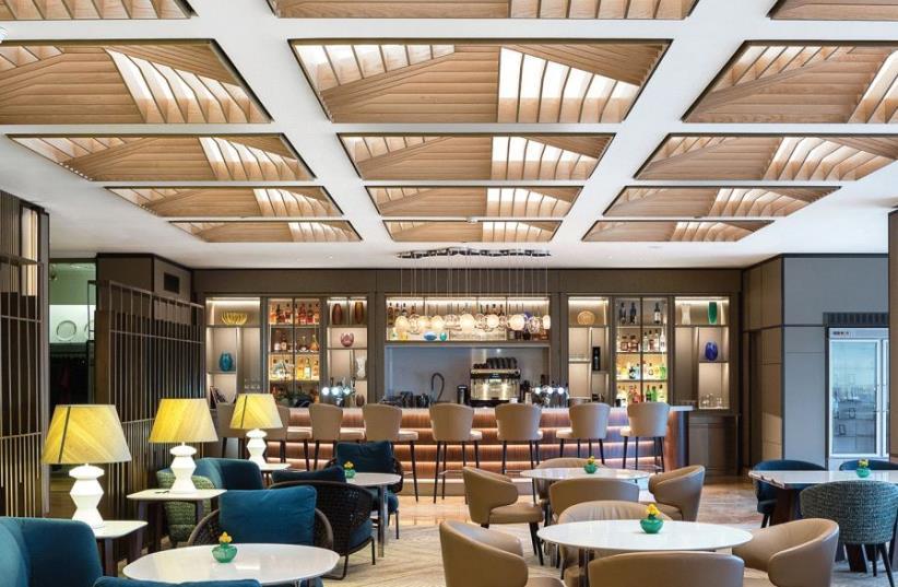 Hilton Lobby Restaurant (photo credit: PR)