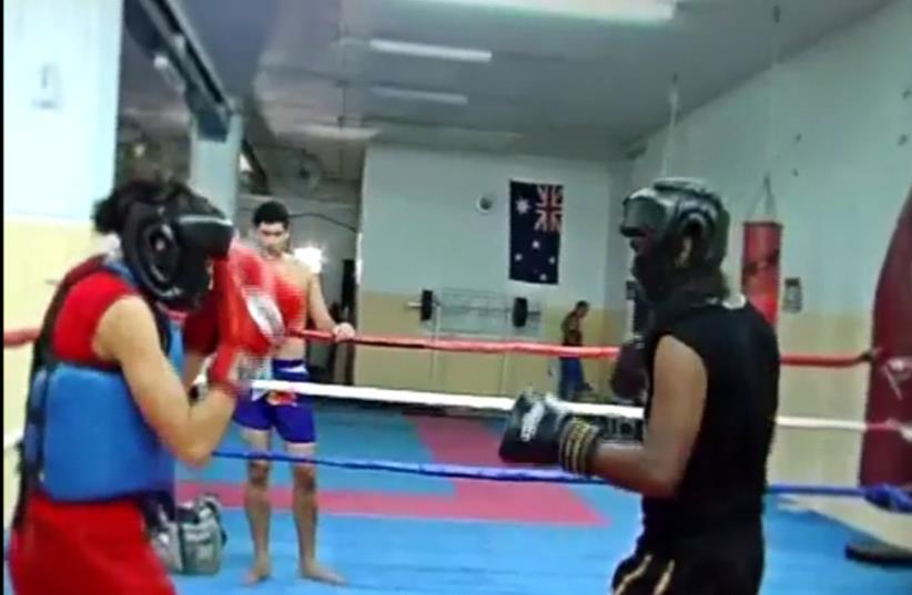 Thai Boxer Nili Block competing in the ring  (photo credit: SCREENSHOT DOSTORIES 365)