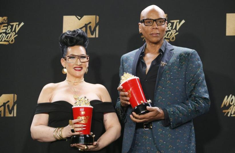 Michelle Visage and RuPaul at the MTV Movie and Television Awards - Best Reality Competition for RuPaul's Drag Race' (photo credit: REUTERS/DANNY MOLOSHOK)