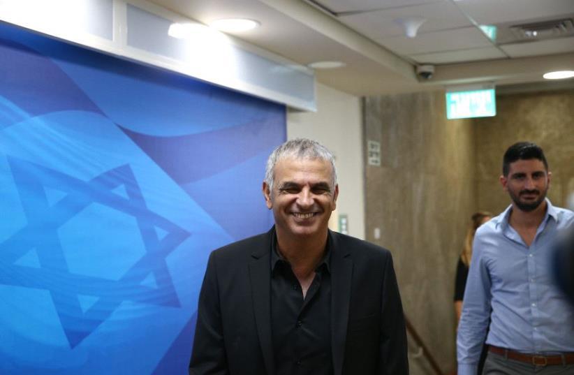 Moshe Kahlon (photo credit: OHAD TZVEIGENBERG/POOL)