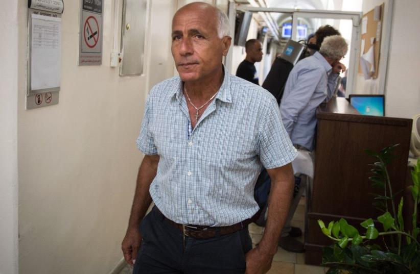 Mordechai Vanunu at the Jerusalem Magistrate's Court (photo credit: MARC ISRAEL SELLEM/THE JERUSALEM POST)