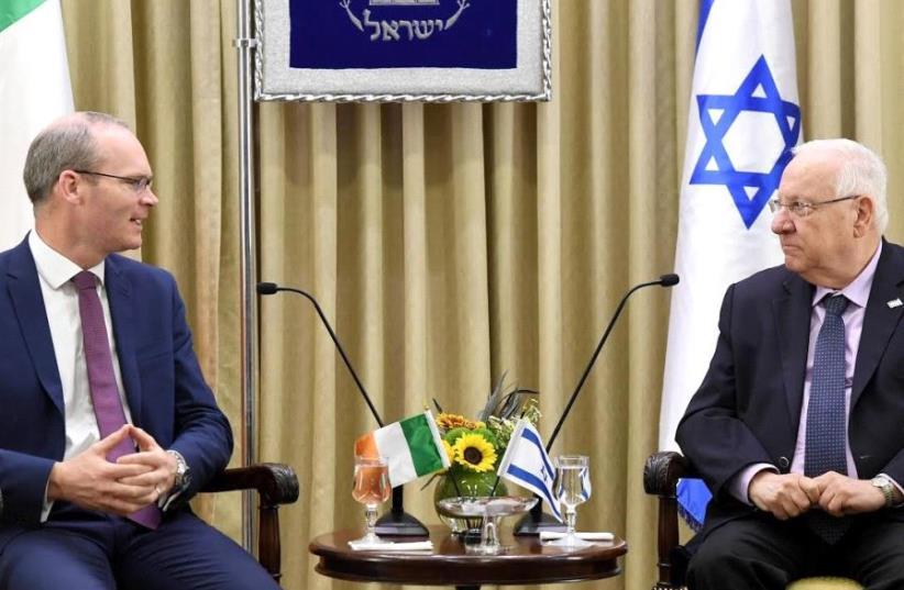 President Rivlin meets with Irish Foreign Minister Simon Coveney (photo credit: MARC NEYMAN/GPO)