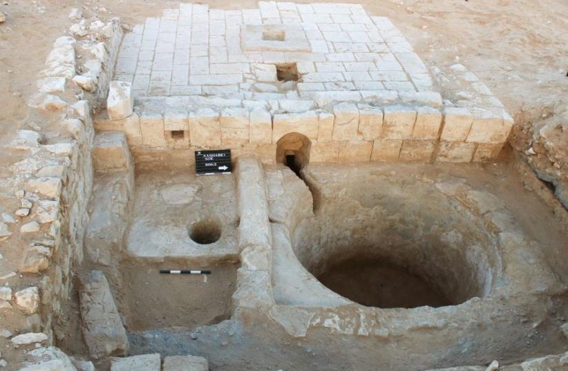 1600 year old wine press   (photo credit: DOYDA DAGAN / ISRAEL ANTIQUITIES AUTHORITY)