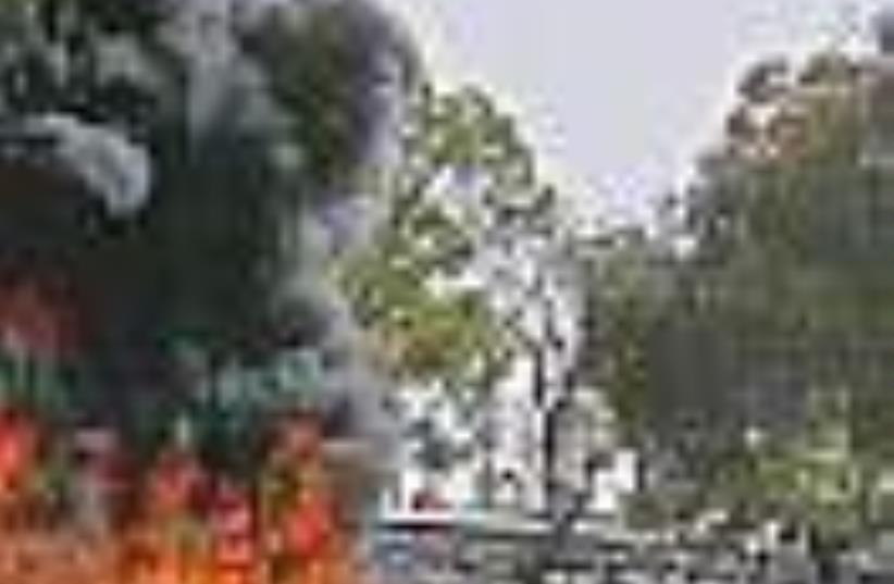 Pakistan attack 88 (photo credit: AP)