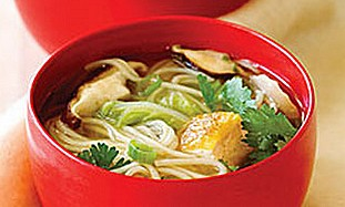 Vegetarian Shitake Mushroom and Tofu Soup