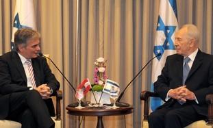 "That Old Liar, Shimon Peres says, ""Terrorists now control the flotillas"""