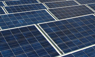 Solar panels installed on rooftops in Spain by ET