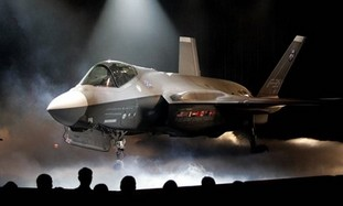 Gov't officially approves deal to buy F-35 fighter jets