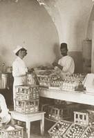 Nurse preparing pasturized milk
