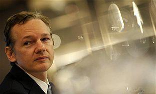 "Jerusalem Post Missing Huge Aspects: ""Arab theorists claim WikiLeaks is an Israeli conspiracy"""