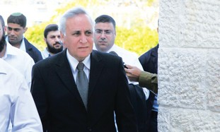 Moshe Katsav walking into court in October
