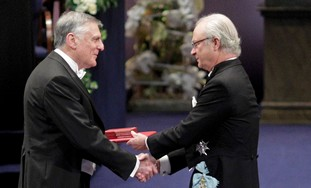 Prof. Dan Shechtman receiving the Nobel Prize