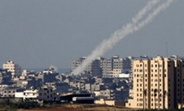 Rockets fired from gaza - Photo: Nikola Solic/Reuters