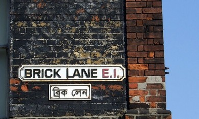 Brick Lane street sign (Wikicommons)