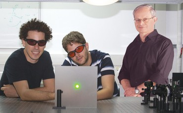ORI KATZ, Eran Small, Prof. Yaron Silberberg - Photo: Courtesy Prof. Yaron Silberberg
