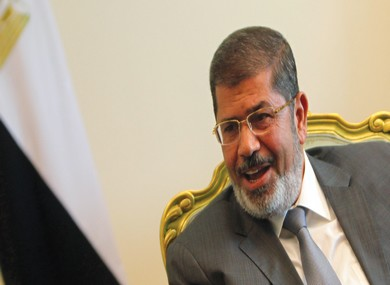 Mursi attends a meeting with Mashaal in Cairo