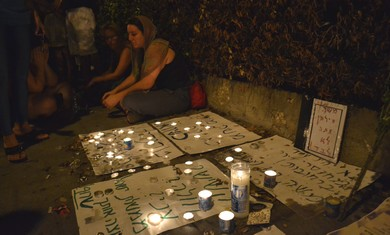 Candle-light vigil for Moshe Silman in Tel Aviv (Photo: Michael Omer-Man)