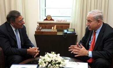 Leon Panetta and Binyamin Netanyahu. - Photo: Moshe Milner/GPO