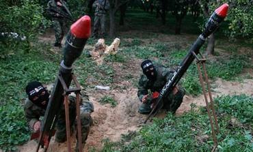Gaza terrorists launch rockets [file]