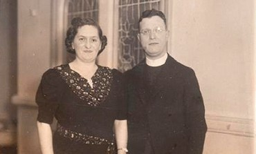 Rabbi Abraham Freedman and wife