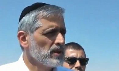 Eli Yishai tours detention centers.