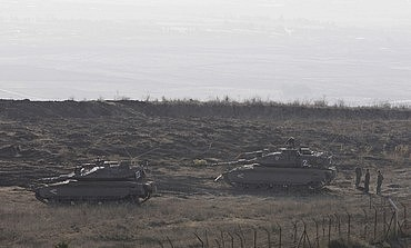 IDF tanks along the Syrian border on Golan Heights