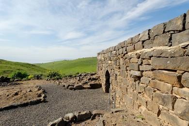 Chorazin ruins (BiblePlaces.com)