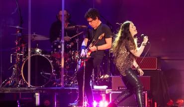 Alanis Morissette performs in Tel Aviv (Guy Prives)