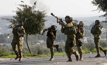 Settlers, Palestinians clash in W. Bank village