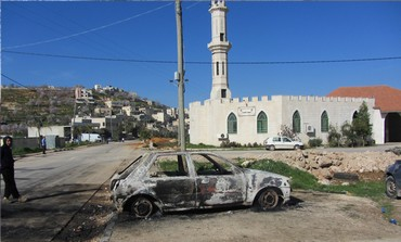 Six Palestinian cars torched in price tag attack