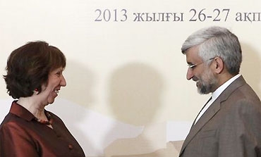 Catherine Ashton and Iranian nuclear negotiator Saeed Jalali at talks in Khazakstan, Feb 26, 2013.