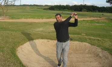 Amiram Zantkern playing golf at the Ga'ash Golf Club.