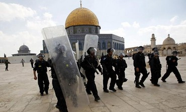Israeli police in front of Al Aqsa mosque [file].