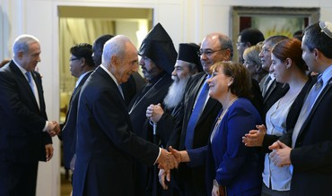 Peres, Netanyahu greet heads of  foreign diplomatic missions