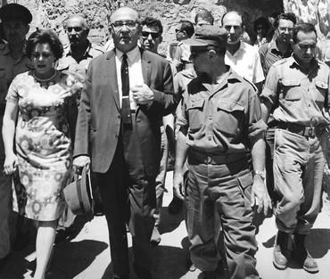 Ms. Rebecca Weingarten guides the Prime Minister Levi Eshkol