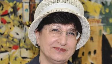 Adina Bar-Shalom (Sarah Levin)